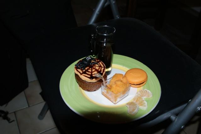 muffins et cupcakes d'halloween - Page 5 Dsc02510