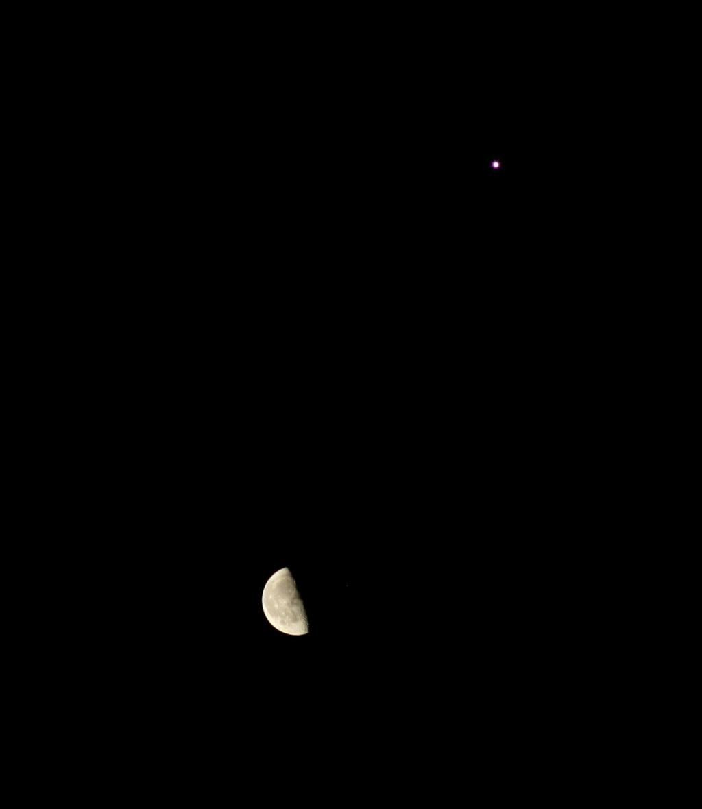 Comètes - Page 25 Lune_e11