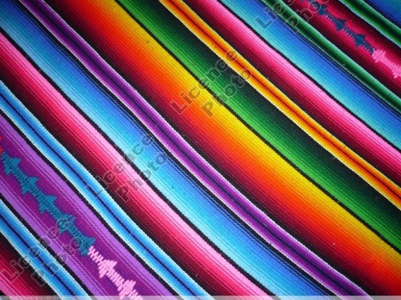 Jeu du multicolore - Page 2 Tissus10