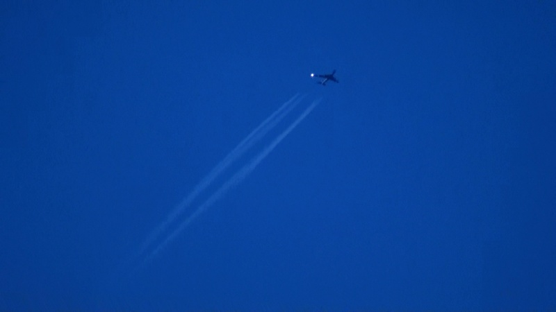 Contrail photos - Page 2 20100911