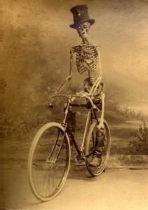 Puisque je ne m'étais pas présenté... [VéloVolant] Bones-10