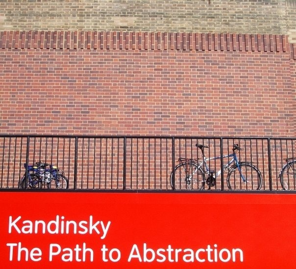 Parce qu'il y a des architectes sur ce forum... - Page 2 Sans-t10