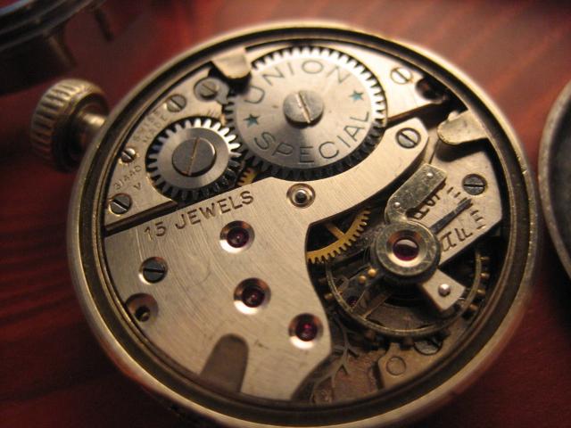 Enicar - Un post qui référence les montres de brocante... tome I - Page 30 Spec_u18
