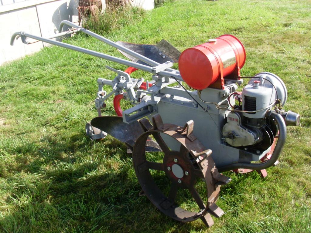Le motoculteur a moteur train de gil01.....????????......... - Page 2 Sl377310