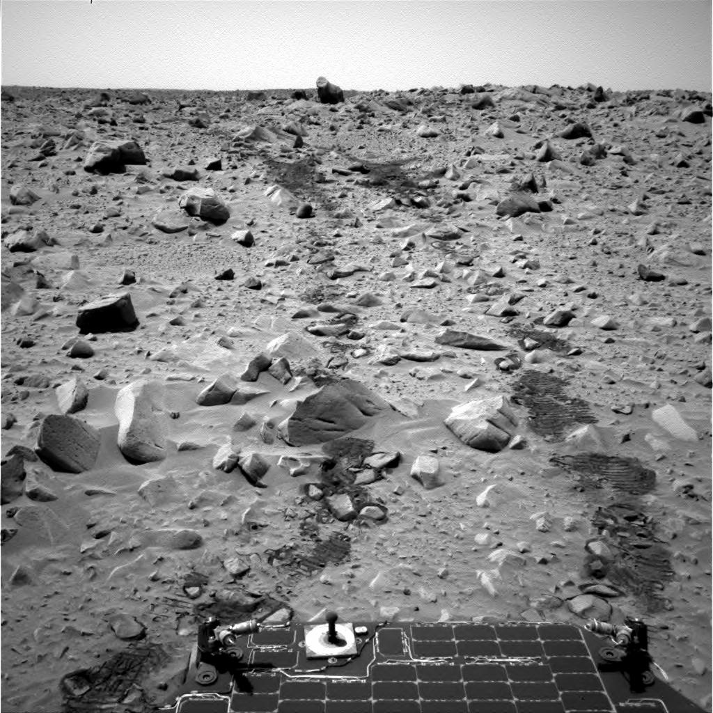 Mars - Lander and Rover Images 2n134010