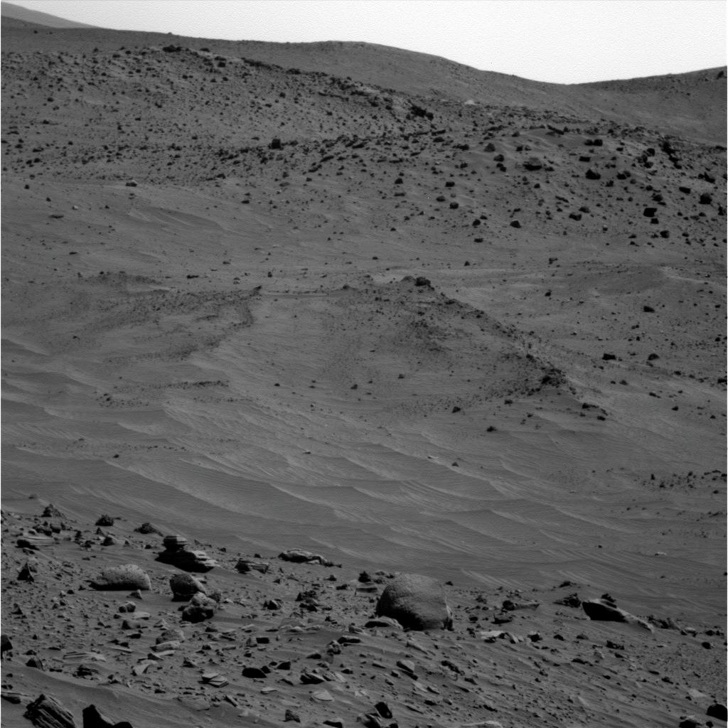 Mars - Lander and Rover Images 2p315010