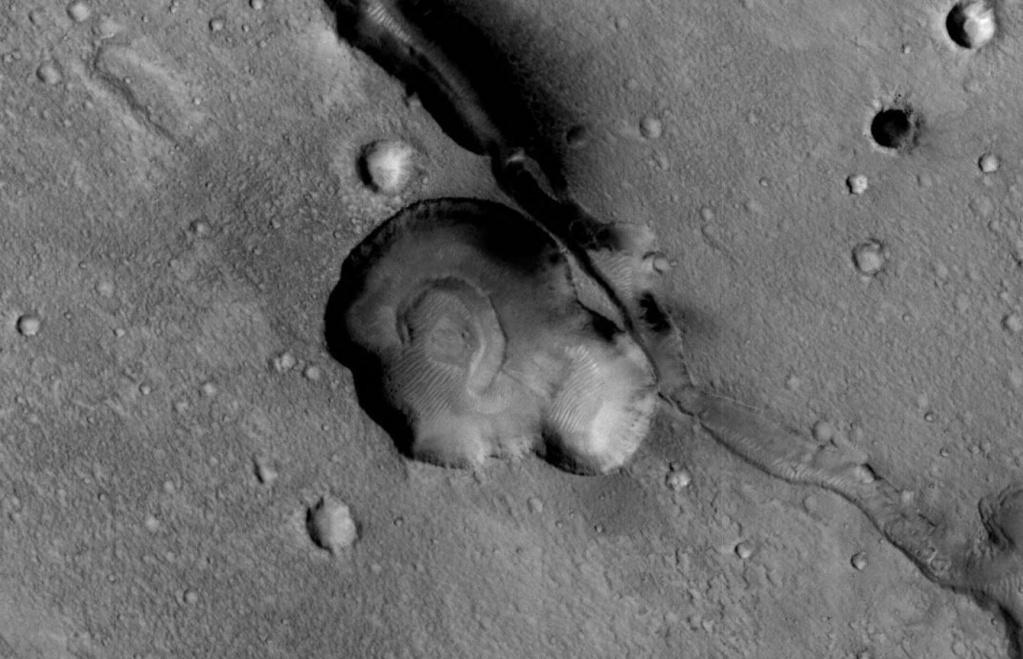 Pareidolia Images Mars_f10