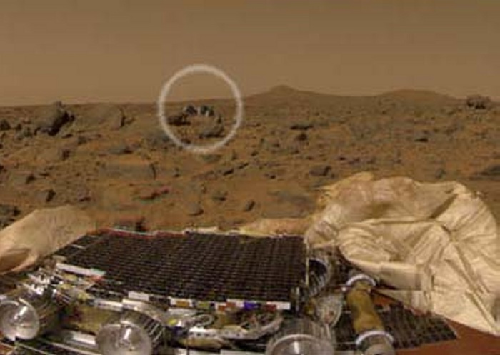 Mars - Lander and Rover Images Sojour10