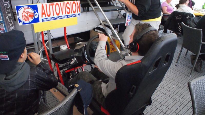 THRUSTMASTER et GAME-SEAT T500RS s'invitent au 24h du mans 2011 Dsc08612