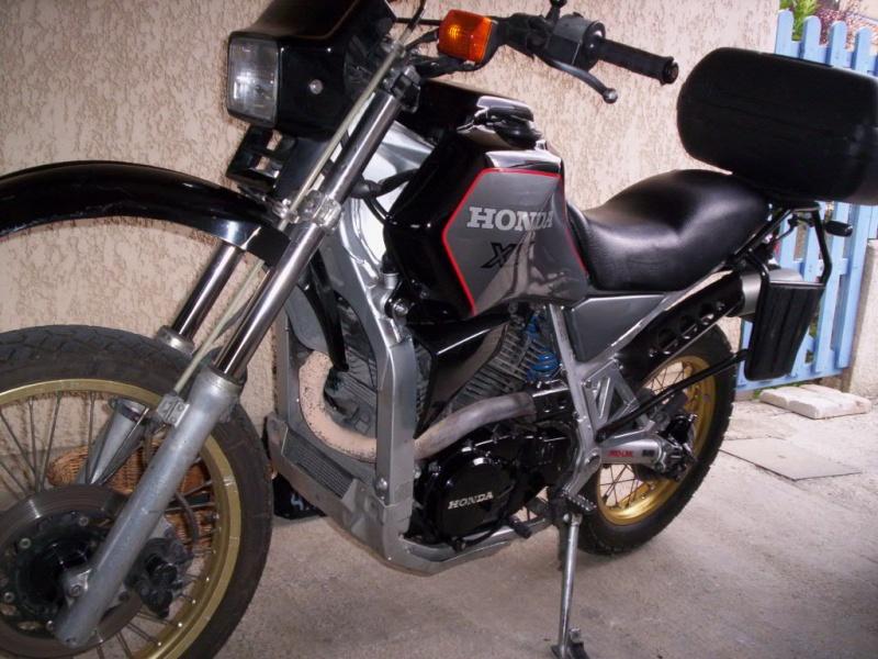 Je mets en vente ma Honda XLV 750 de 1987  Xlv-gr11