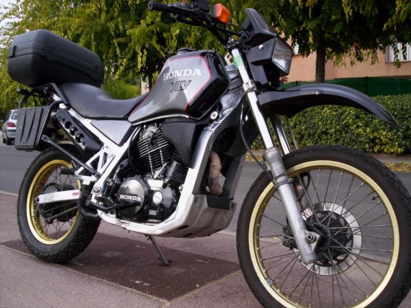 Je mets en vente ma Honda XLV 750 de 1987  Xlv-gr12