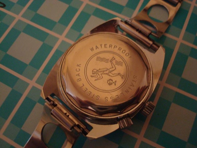 Enicar - Un post qui référence les montres de brocante... tome I - Page 25 Dsc04013