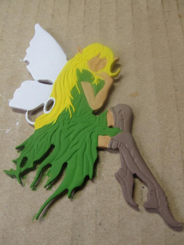 Femme papillon Montro10