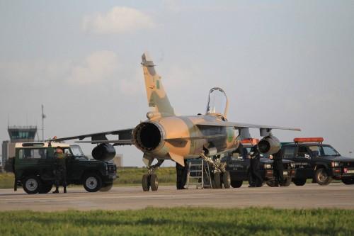 الرئيس القدافي ربما  دخل في المرحلة الاخيرة Avionl10