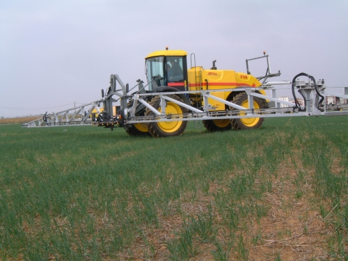 Photos / Vidéos de machinismes agricole  - Page 2 Pulver10