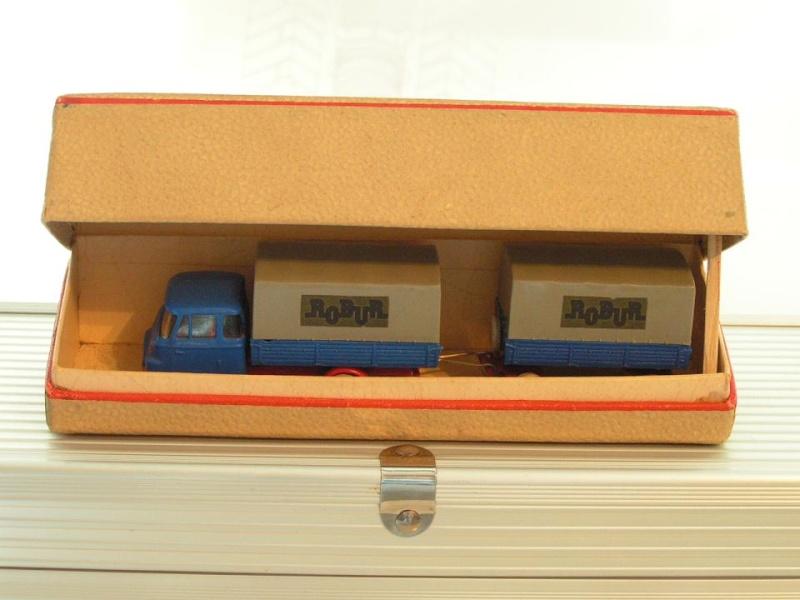 ROBUR aus DDR-Herstellung Pict0010