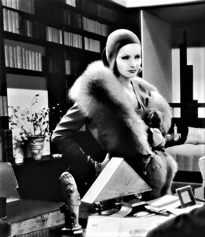Greta Garbo 17363
