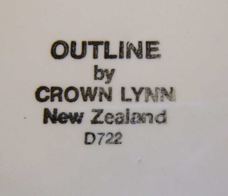 Outline with 2 different pattern numbers d722 and d435 Outlin13