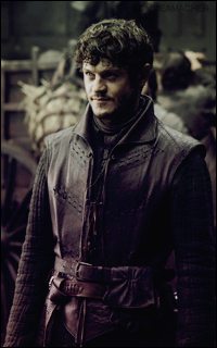 Iwan Rheon (Ramsay Snow) - en attente 0728