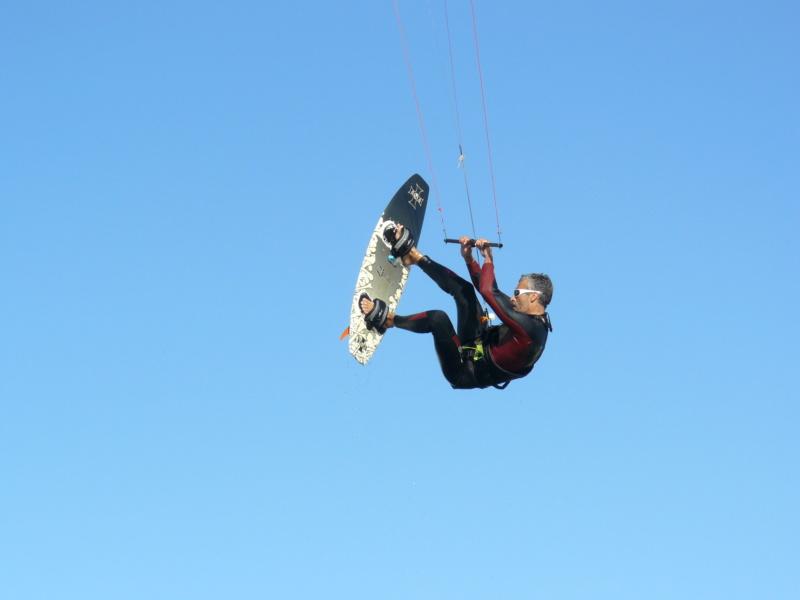 pourquoi un leash en wing supfoil mais pas en kite surffoil? P1160114