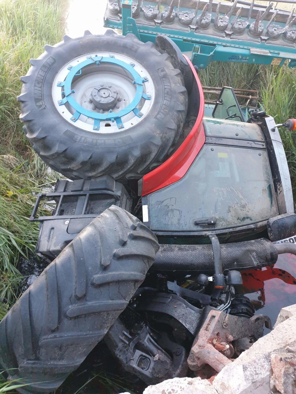 accident de tracteur - Page 8 Receiv18