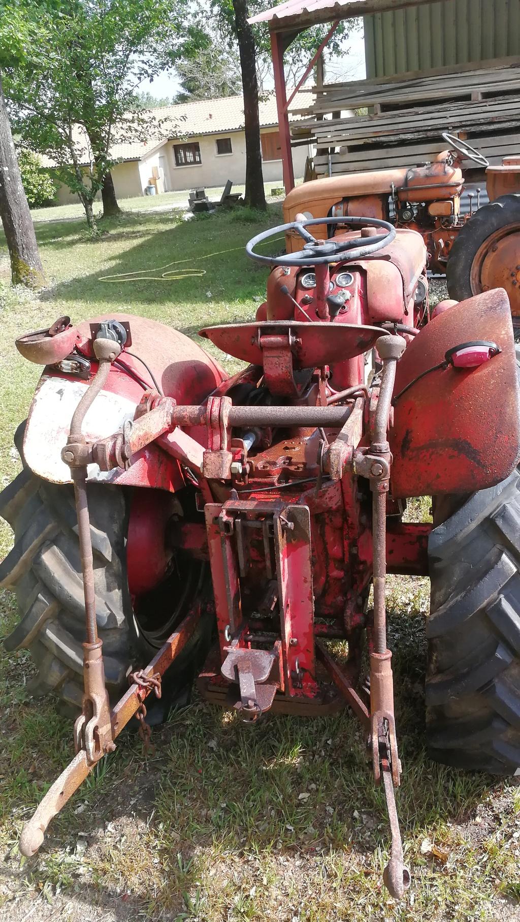 (Vends ) tracteur mac cormick Img_2012