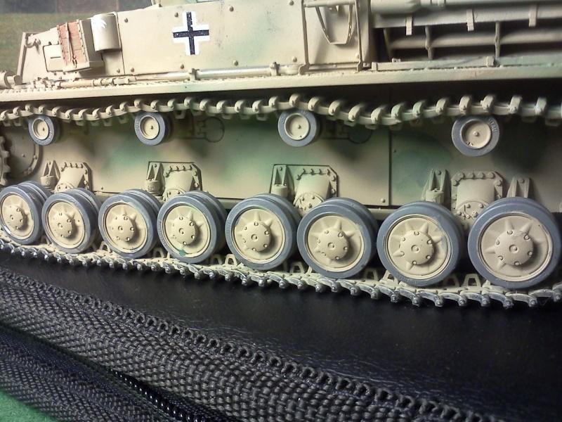 Panzer IV ausf D  Dragon 1/35 - Page 5 Img20464