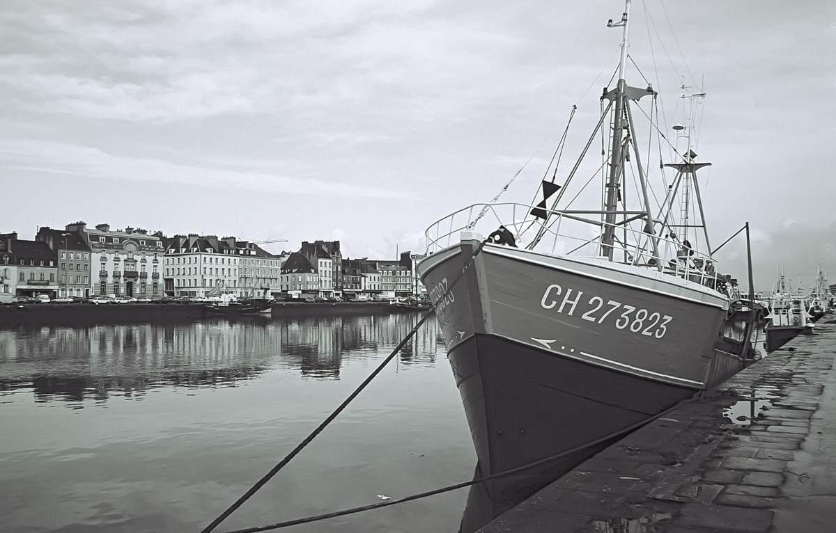 [Activité des ports hors Marine] LE PORT DE CHERBOURG - Page 18 Cherb_10