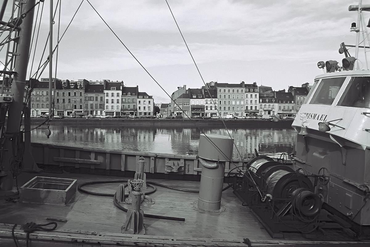 [Activité des ports hors Marine] LE PORT DE CHERBOURG - Page 18 Cherb_15
