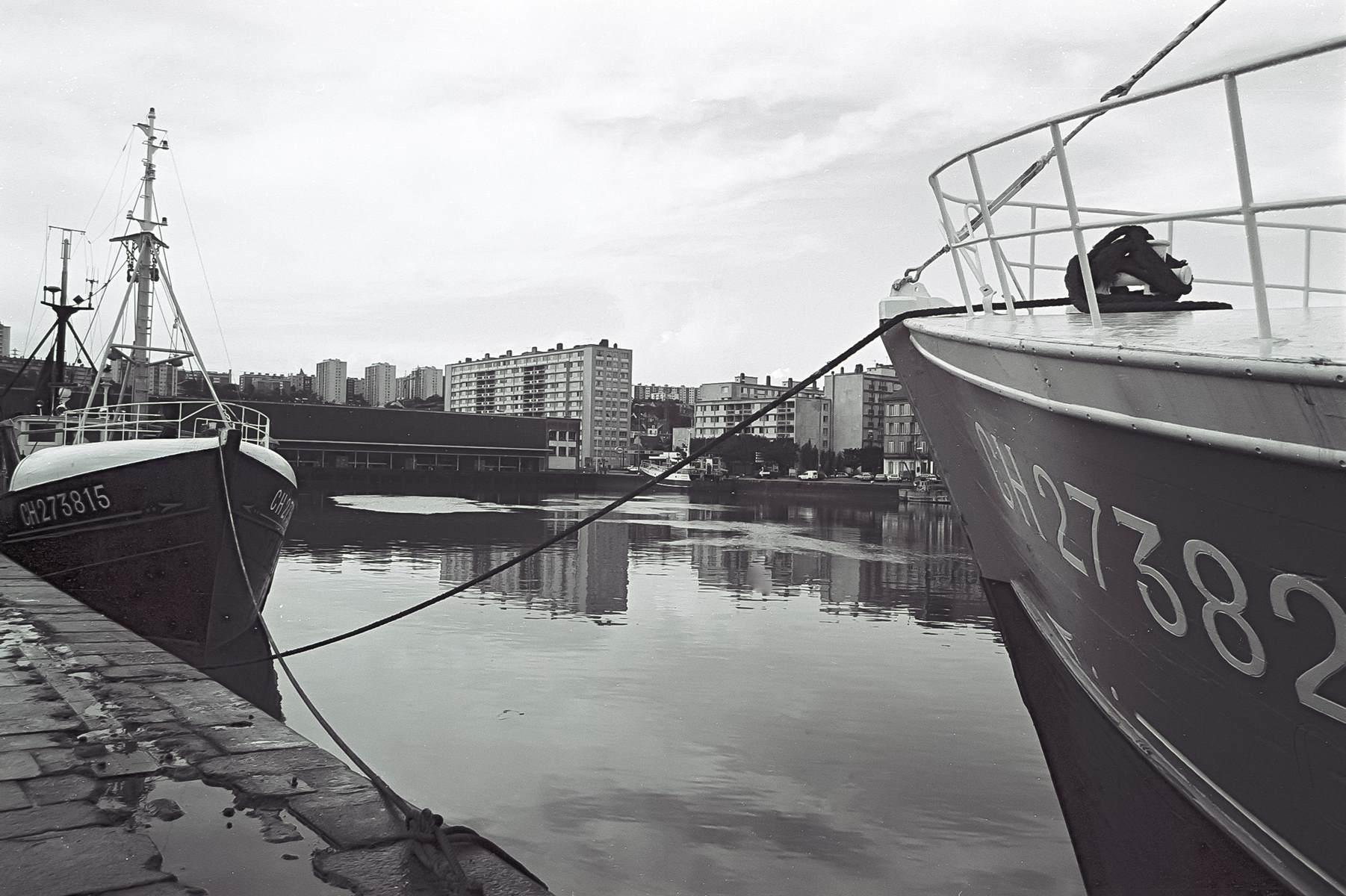 [Activité des ports hors Marine] LE PORT DE CHERBOURG - Page 18 Cherb_23