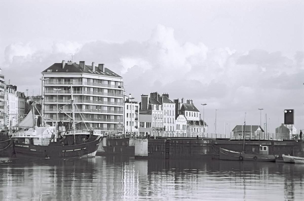 [Activité des ports hors Marine] LE PORT DE CHERBOURG - Page 19 Cherb_26