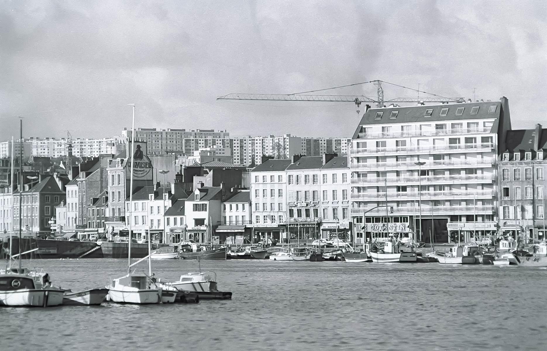 [Activité des ports hors Marine] LE PORT DE CHERBOURG - Page 19 Cherb_30