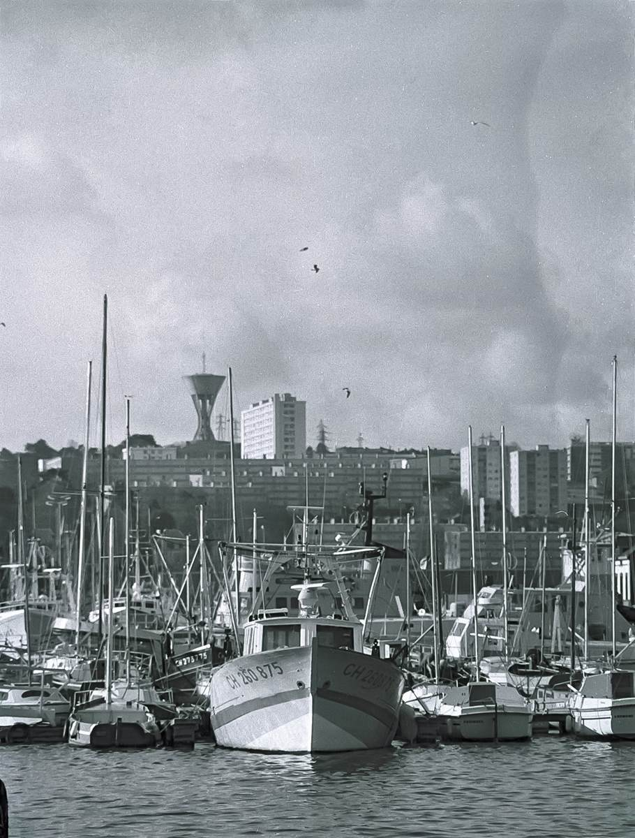 [Activité des ports hors Marine] LE PORT DE CHERBOURG - Page 19 Cherb_31