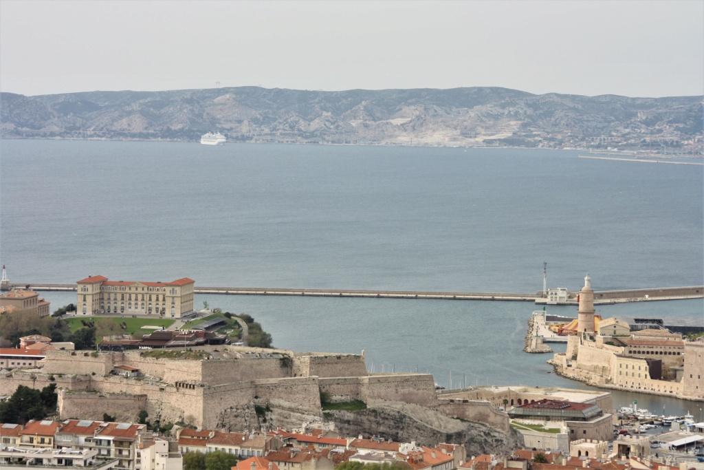 [Vie des ports] Marseille - Page 5 Img_0310