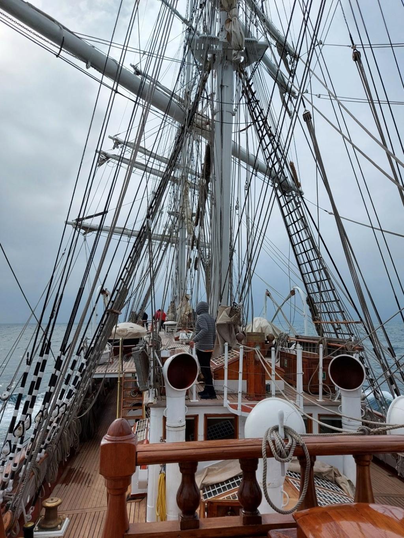 Ma navigation sur le trois-mâts Belem - Page 5 2021-088