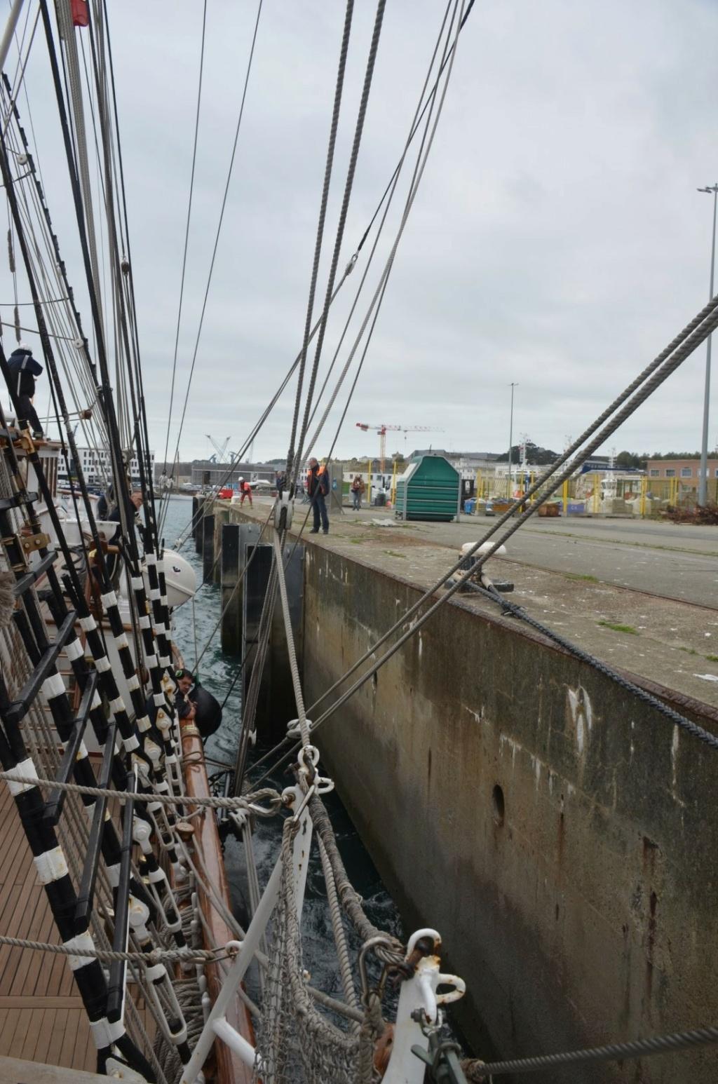 Ma navigation sur le trois-mâts Belem - Page 11 2021-377