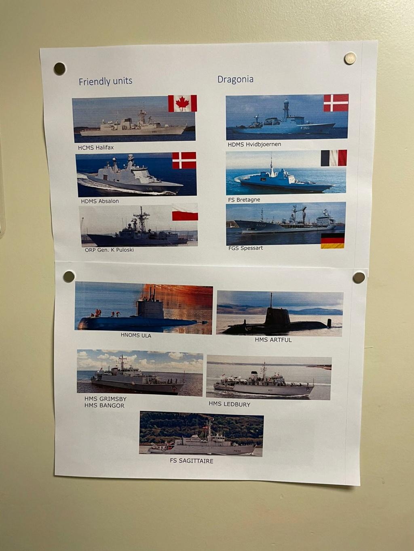 M-klasse fregatten (Karel Doorman M-class frigates) - Page 4 Img-2272