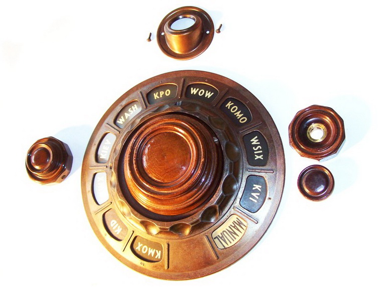(Found) WTB knobs for a Rogers Majestic radio 13_res10