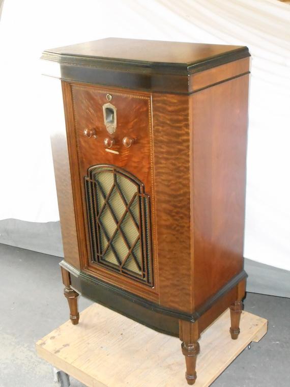 A very nice DeForest Crosley; 1933 Dscn0711