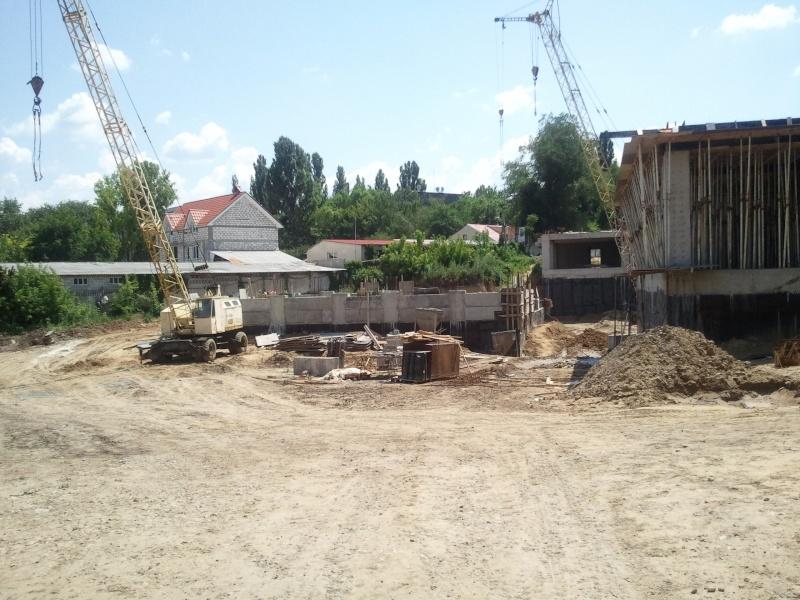 Cine a intrat in proectul (Casa ta )  de pe str.Grenoblea, punem foto pe forum . - Страница 19 2011-035