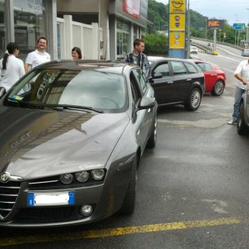 DRIVING AND SHOPPING: CON LE NOSTRE ALFA AL FOXTOWN DI MENDRISIO (SWISS). - Pagina 3 Picsin11