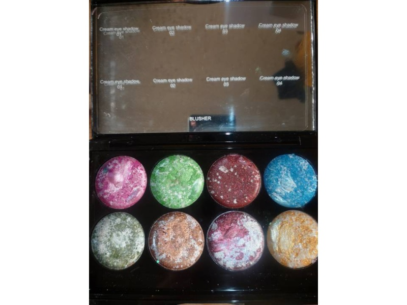 palette metalica cream eyeshadow de chez AMUSE Diapos17