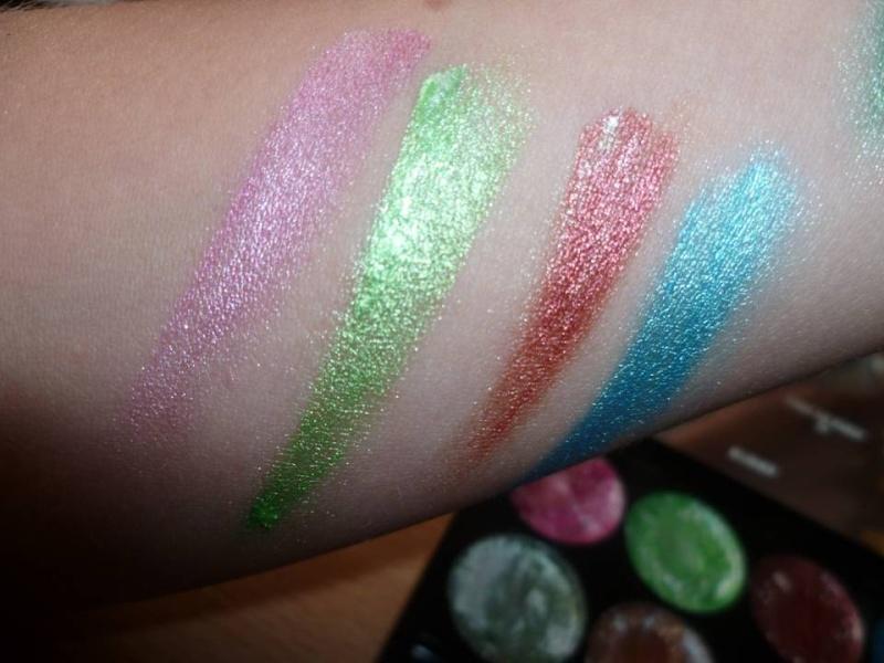 palette metalica cream eyeshadow de chez AMUSE Diapos18