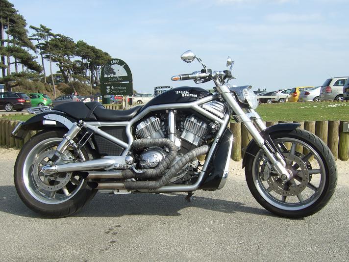 Yamaha XJ550 - Page 2 Lepe0410