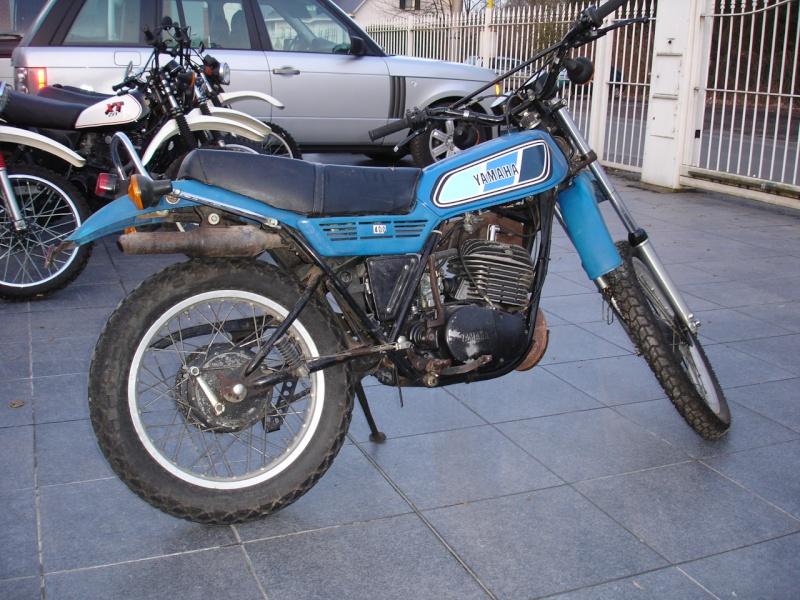 Un petit belge, un ! avec sa 400 DTMX 77, son XT500 79,.. :) Dtmx_410