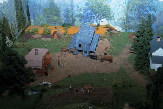 Grove - Little House Miniature Models Aaalho24