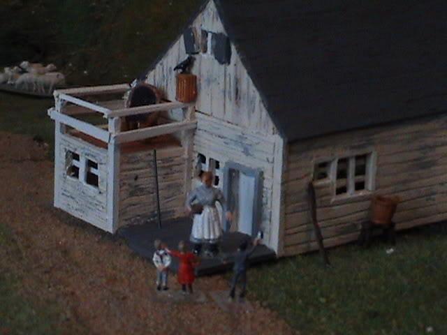 Little House Miniature Models - Page 2 Dsc01512