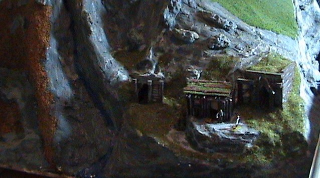 Grove - Little House Miniature Models Lhop410
