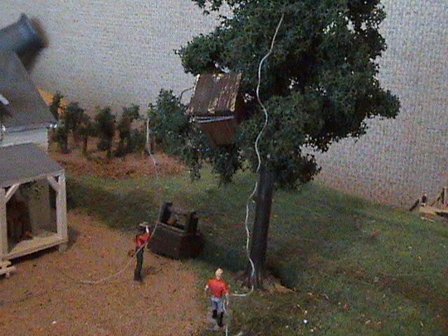 Grove - Little House Miniature Models Ne112