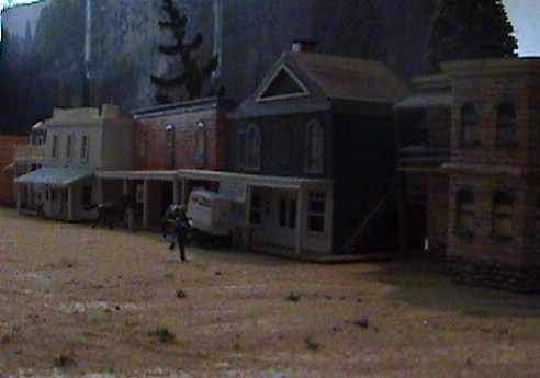 Grove - Little House Miniature Models Se510